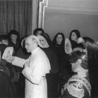 After a speech in which he spoke (in French) of the beginnings of the Congregation and of Mother Thérèse, Pius XII greeted Mother Jeanne Corneau, Superior General, and her Council.