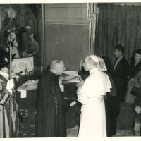Gifts were then offered to the Holy Father: 18 portable altars and 50 ornaments for the Missions. Others came from the most distant Cenacles: a carved altarpiece and small rosewood characters were samples of Malagasy art; a caiman's skin was sent by Brazil.