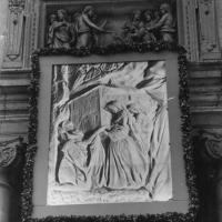 """Tapestry"" representing our Saint Mother Thérèse on the façade of St. Peter"